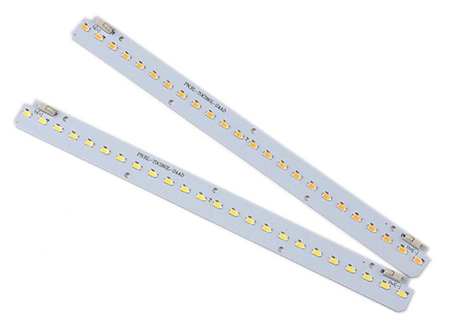 LED modul 26 x 2.1 cm, 700mA, 12V DC, 8.4W, 1000lm, 4000K, CRI 80+, 120°
